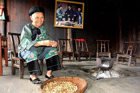 """十八洞村村民:""""想把猕猴桃送到北京给总书记尝尝"""""""
